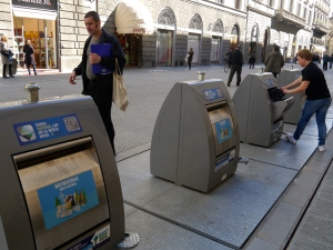 Recycling in all the streets (underground)