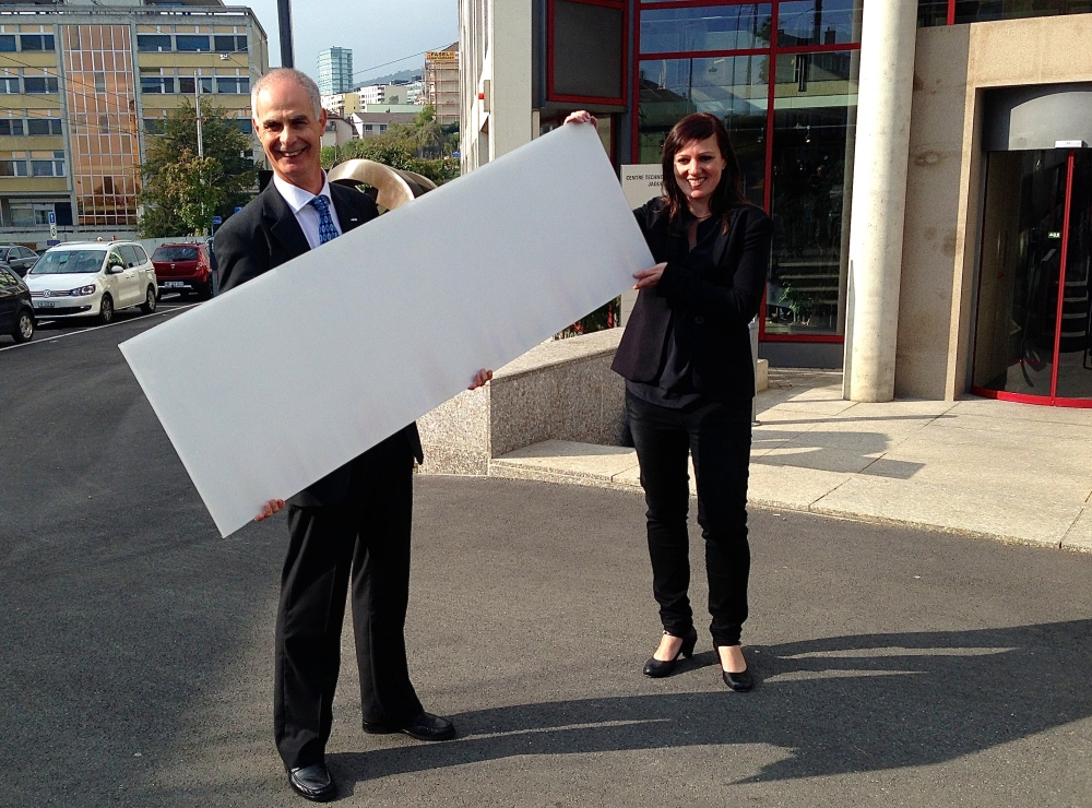CSEM white and colored solar modules: a revolution for building integration