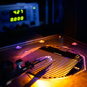A wafer bearing 500 tiny solar cells, made by Soitec, has produced a new world record.